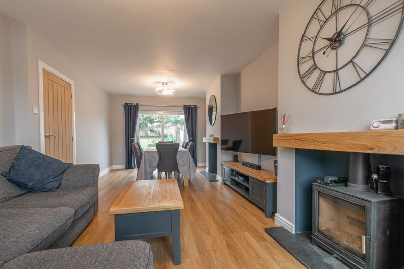 3 bed house for sale in Meadowhill Road  - Property Image 2