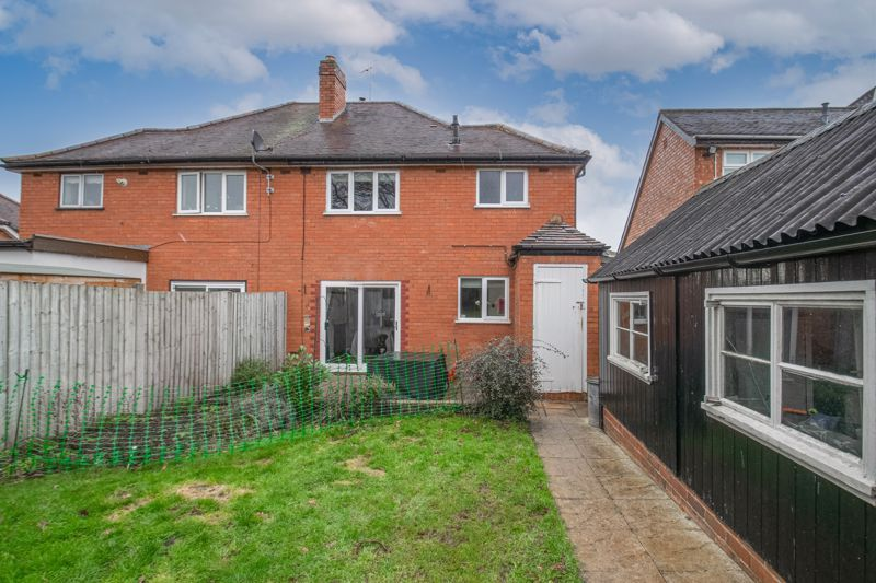 3 bed house for sale in Meadowhill Road 13