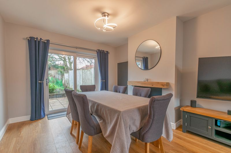 3 bed house for sale in Meadowhill Road  - Property Image 6