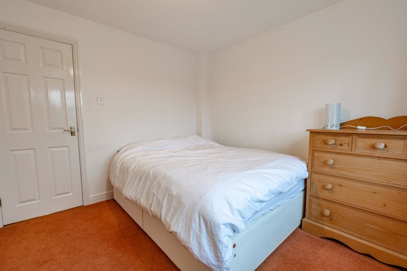 2 bed house for sale in Oakland Grove  - Property Image 9