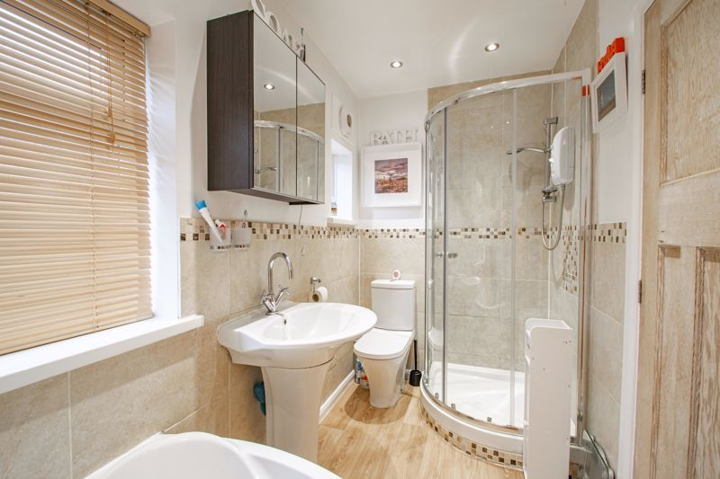 3 bed house for sale in Royal Oak Road 11