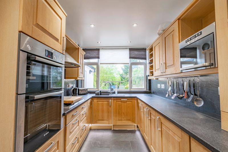 3 bed house for sale in Royal Oak Road 7