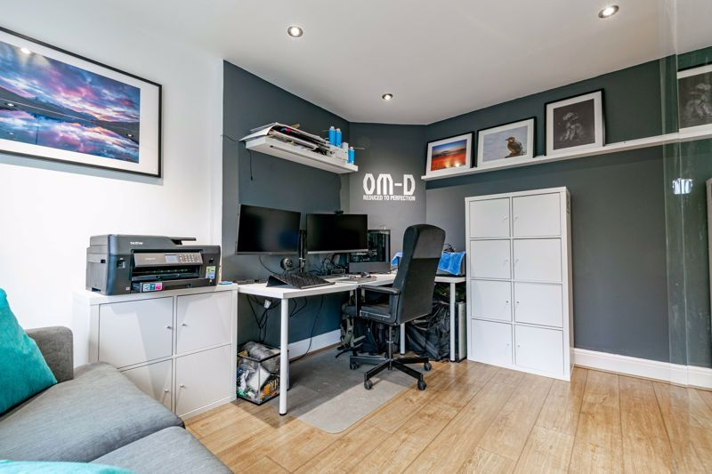 3 bed house for sale in Royal Oak Road 9