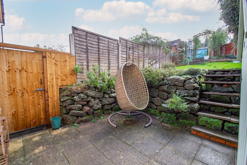 2 bed house for sale in Highfield Road 12