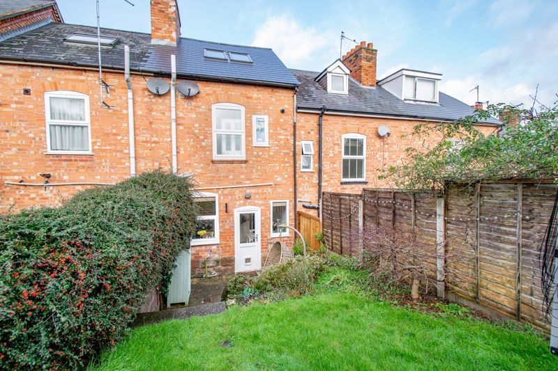2 bed house for sale in Highfield Road 14