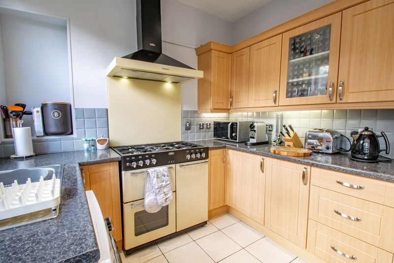 2 bed house for sale in Highfield Road  - Property Image 15