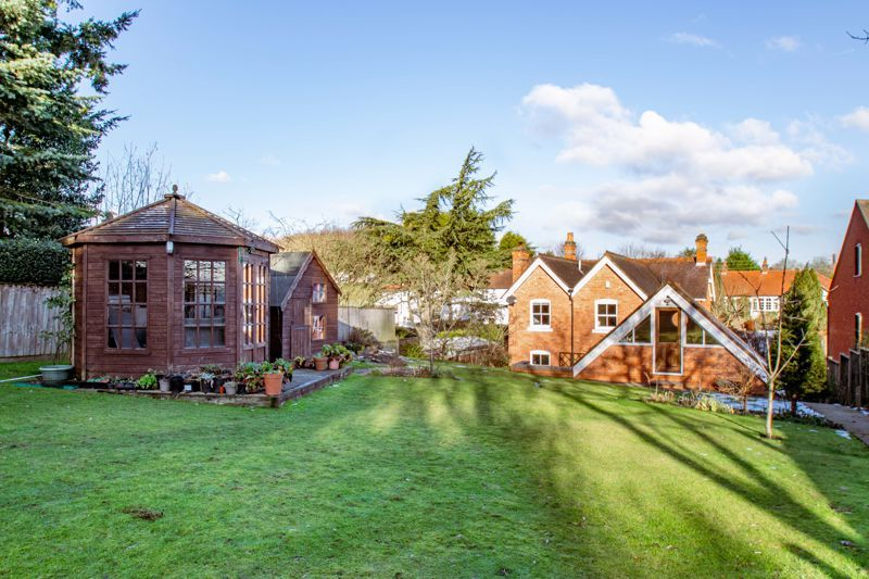 4 bed house for sale in Dodford Road 13