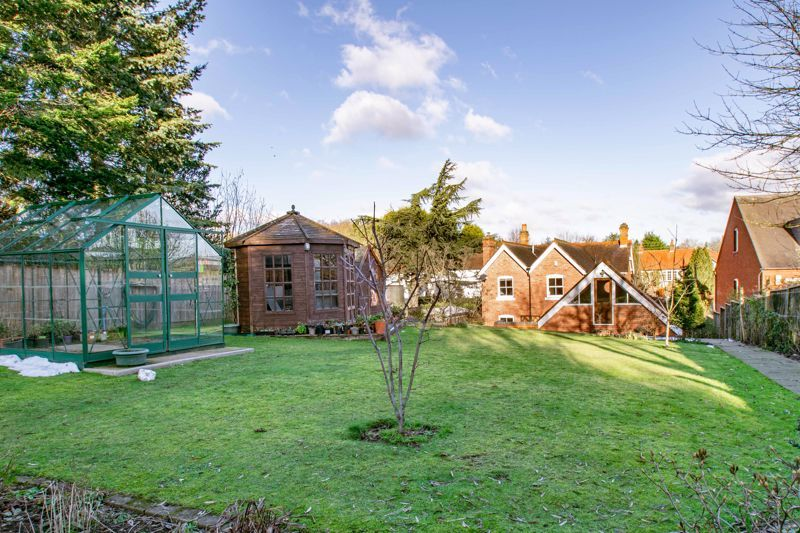 4 bed house for sale in Dodford Road  - Property Image 15