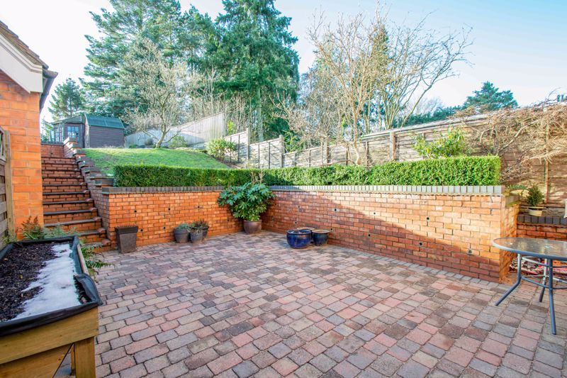 4 bed house for sale in Dodford Road  - Property Image 17