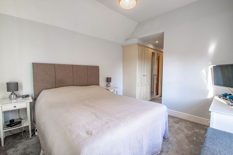 4 bed house for sale in Dodford Road 18