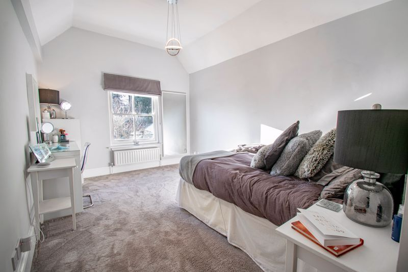 4 bed house for sale in Dodford Road  - Property Image 9