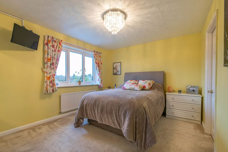 4 bed house for sale in Hither Green Lane  - Property Image 6