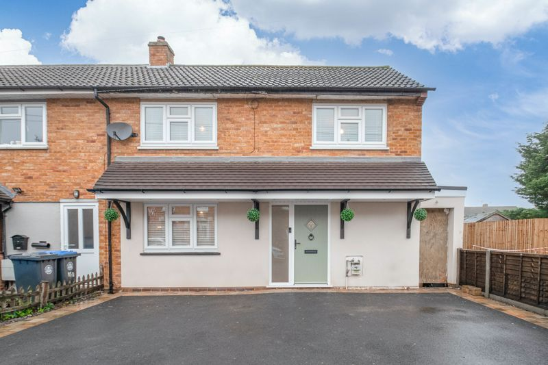 3 bed house for sale in Watts Road 1