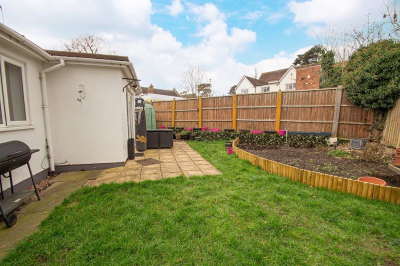4 bed bungalow for sale in Castle Road 12
