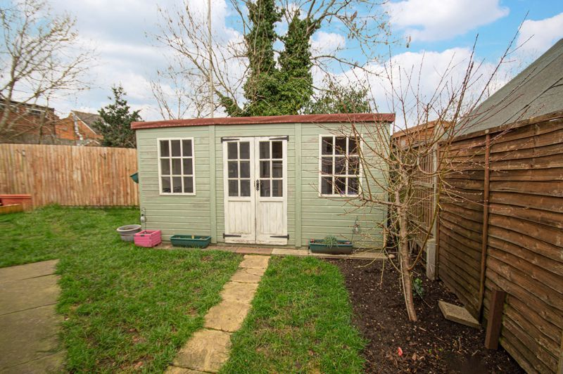 4 bed bungalow for sale in Castle Road  - Property Image 13