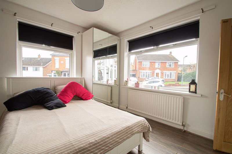 4 bed bungalow for sale in Castle Road 6