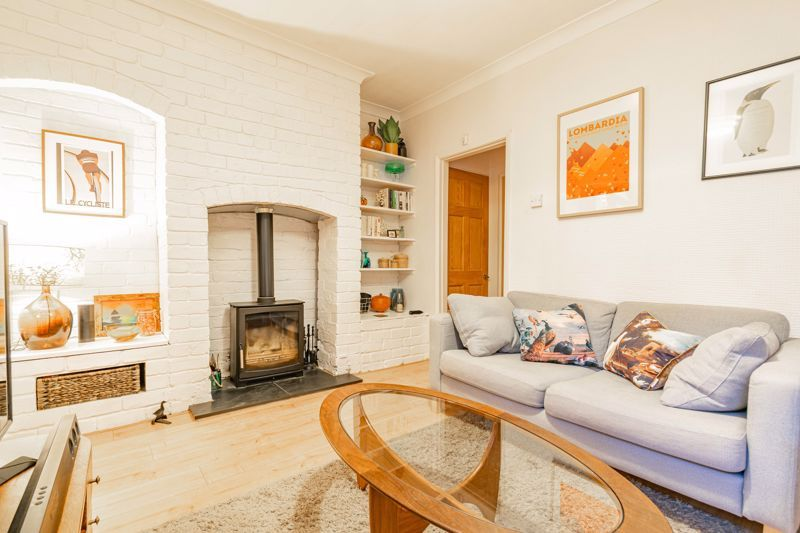 2 bed house for sale in South Road 4