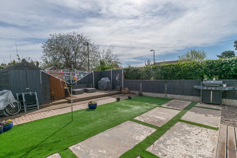3 bed house for sale in Eden Close 12