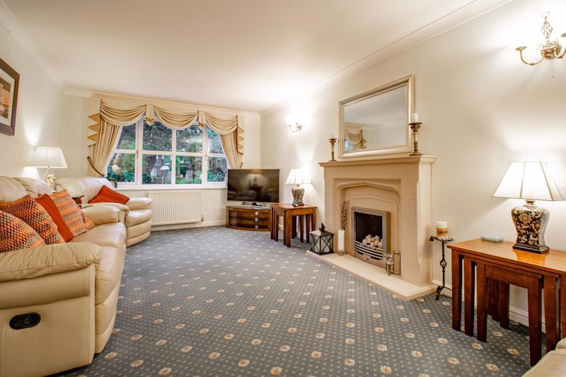 4 bed house for sale in Green Bower Drive 2