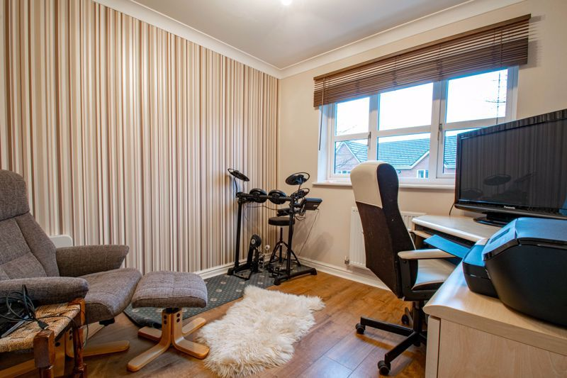 4 bed house for sale in Green Bower Drive  - Property Image 11