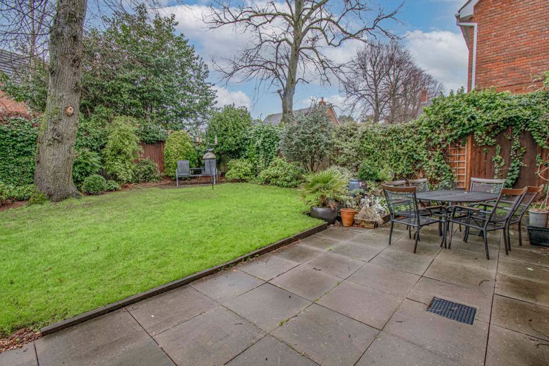 4 bed house for sale in Green Bower Drive  - Property Image 13