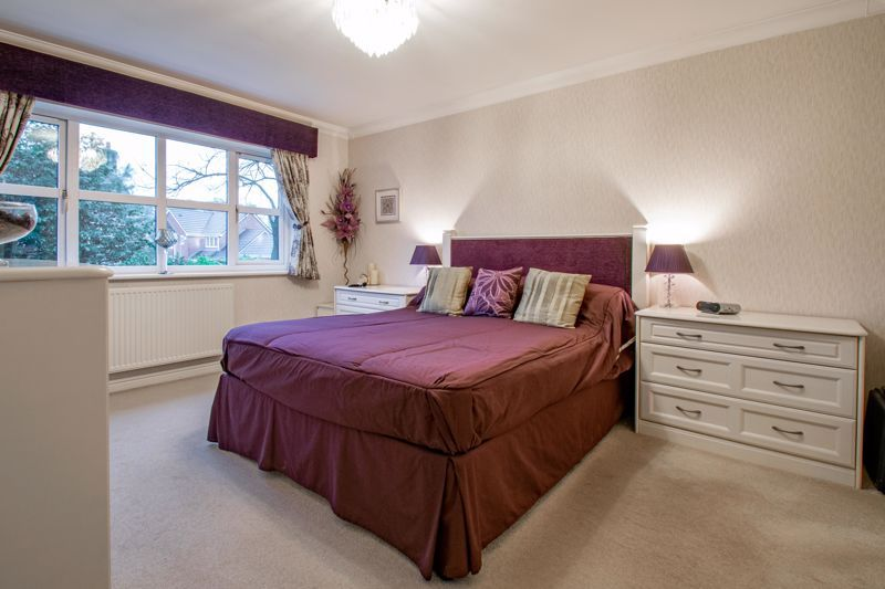 4 bed house for sale in Green Bower Drive 7