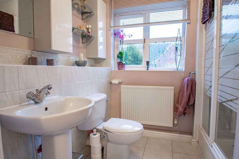 4 bed house for sale in Green Bower Drive 10