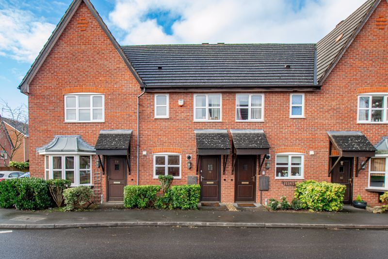 2 bed house for sale in Appletrees Crescent 1