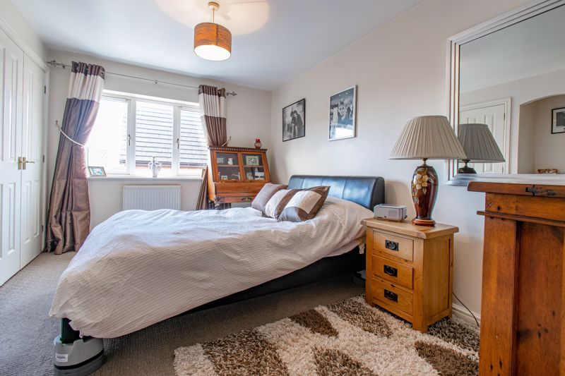 2 bed house for sale in Appletrees Crescent 8