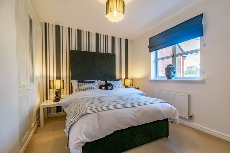 4 bed house for sale in Parklands Close  - Property Image 11