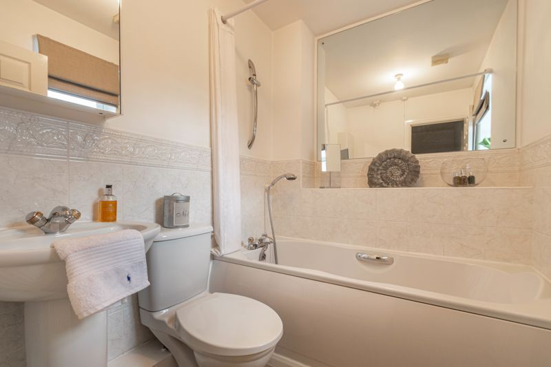 4 bed house for sale in Parklands Close  - Property Image 12