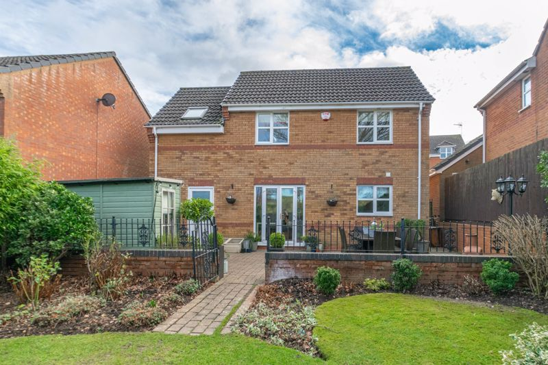 4 bed house for sale in Parklands Close 15