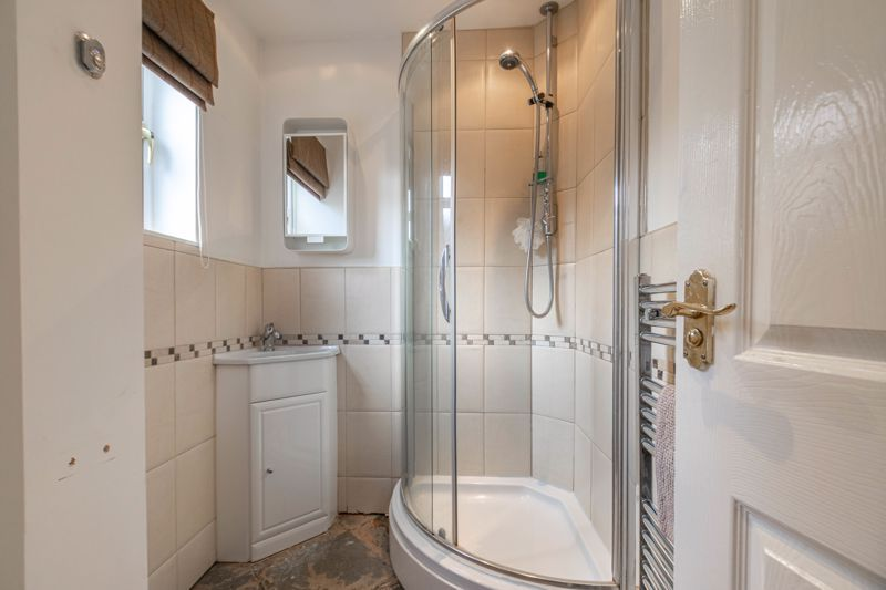 4 bed house for sale in Parklands Close  - Property Image 18
