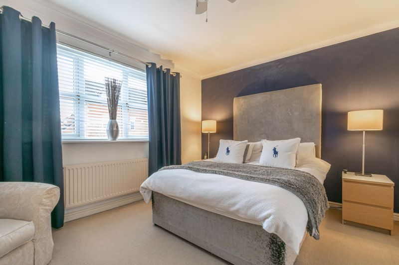 4 bed house for sale in Parklands Close 19