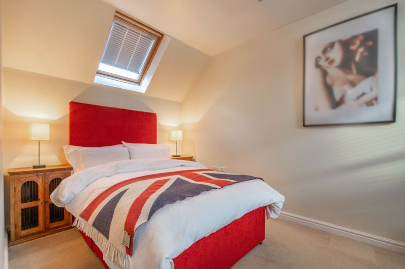 4 bed house for sale in Parklands Close 20