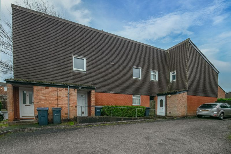 1 bed  for sale in Harebell Gardens  - Property Image 1