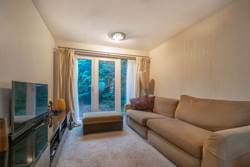 1 bed  for sale in Harebell Gardens 3
