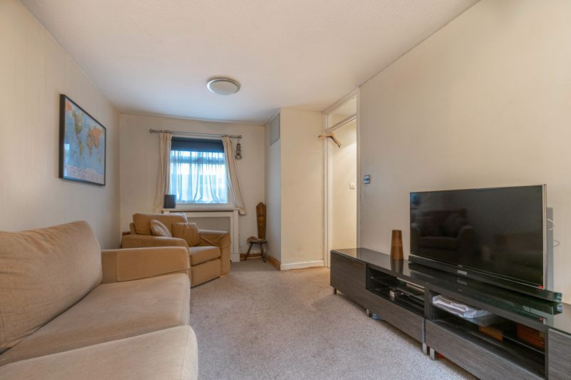 1 bed  for sale in Harebell Gardens 5