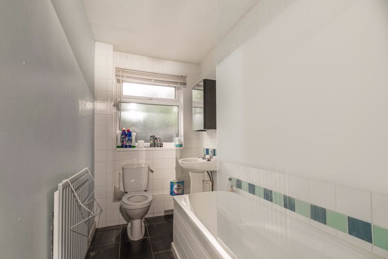 1 bed  for sale in Harebell Gardens 7