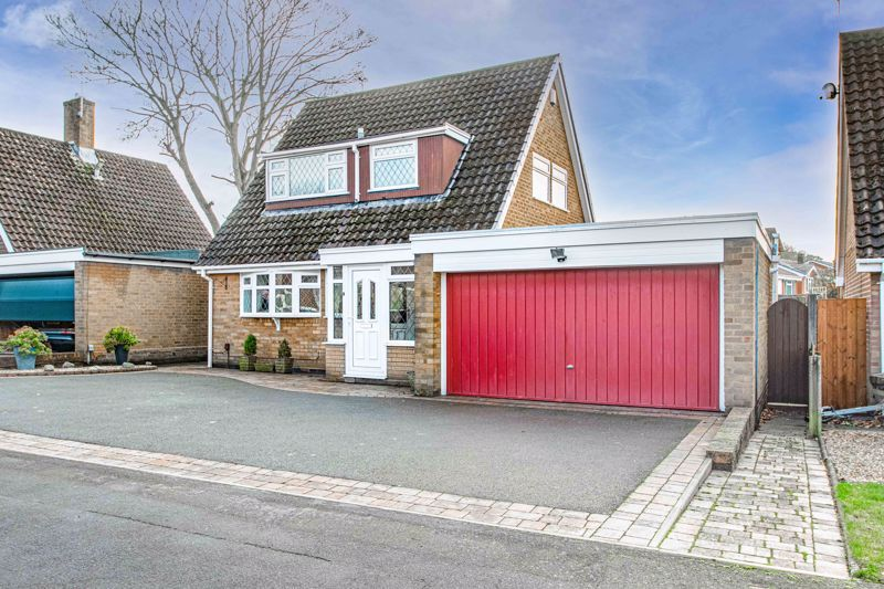 2 bed bungalow for sale in Glenelg Drive  - Property Image 2