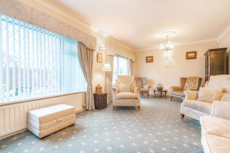 2 bed bungalow for sale in Glenelg Drive 15
