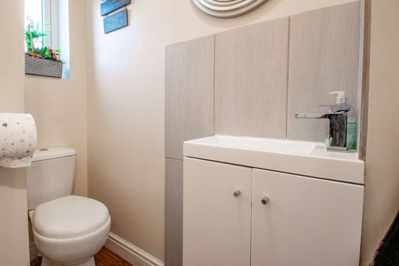 2 bed house for sale in Oakland Grove  - Property Image 6