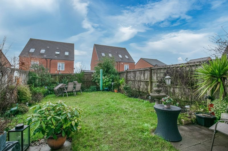 3 bed house for sale in Kemble Street  - Property Image 13
