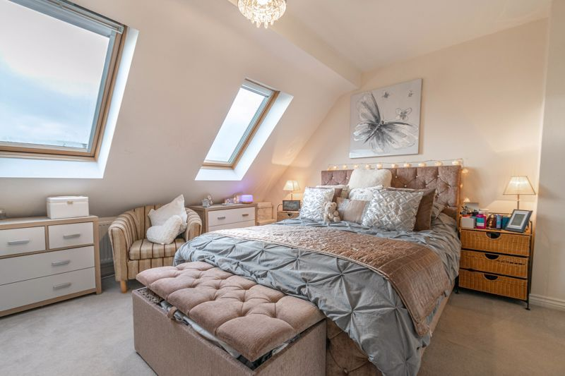 3 bed house for sale in Kemble Street 3