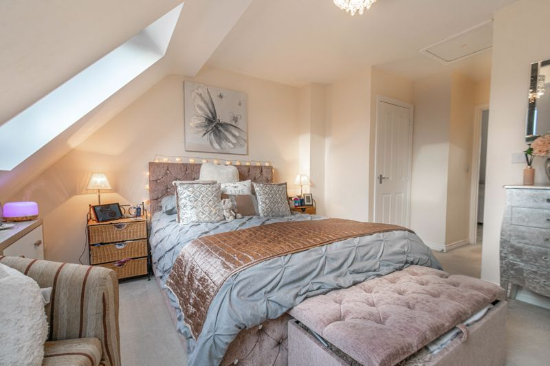 3 bed house for sale in Kemble Street  - Property Image 8