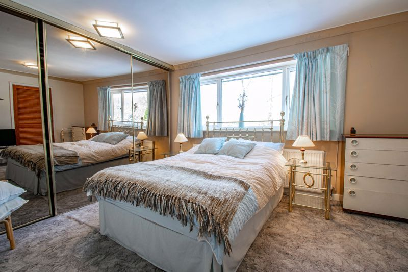 5 bed house for sale in Hunters Ride  - Property Image 12