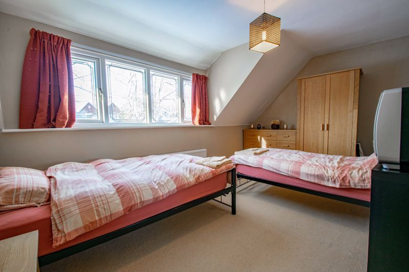 5 bed house for sale in Hunters Ride  - Property Image 19