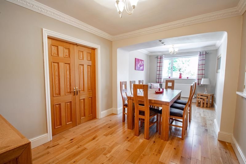 5 bed house for sale in Hunters Ride  - Property Image 5