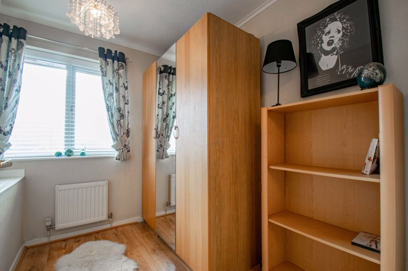 4 bed house for sale in Harrow Close 11