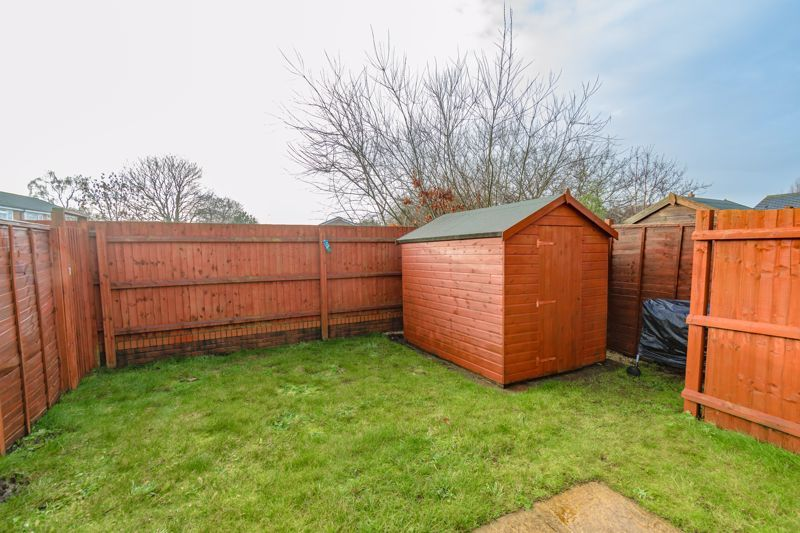 3 bed house for sale in Kingcup Close 12